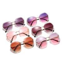 New Trend Rimls Diamond-studded Polygonal Women Personality Ocean Lens Gradient Sunglass 2021