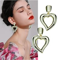 Stud Cool Wind Metallic Luster Hollow Out Love Earrings Advanced Sense No Fashion Versatile Net Red Show Thin