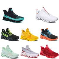 2021 men running shoes triple yellow white fashion mens women trendy great trainers breathable casual sports outdoor sneakers 40-45 color1