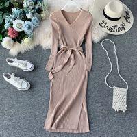 2021 새로운 디자인 여성 패션 V 넥 벨트 바디 콘 튜닉 미디 긴 통풍구 재배 드레스 솔리드 컬러