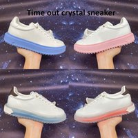 2021 أعلى الوقت خارج كريستال رياضة المرأة عارضة الأحذية جامعة بلو وردي أبيض أزياء أزياء المرأة أحذية النسائية حجم 35-40