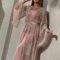 Luxury Blush Pink A Line Prom Dresses Spaghetti Straps Beaded Crystals Floral Applique Wateau Train Rhinestone Formal Evening Party Gowns