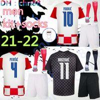 New 2020 homens Kit Adulto + Meias Mandzukic Soccer Jerseys 2021 Camisa de Futebol Kalínica Perisic Modric 20 21 Uniformes Kovácicos Rakitic