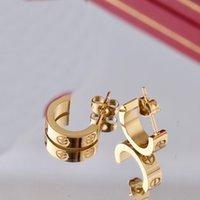 여자 클리프 스터드 귀걸이 Carti 링 디자이너 펜던트 목걸이 나사 팔찌 밴 상자 300 패션을 사랑합니다