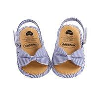 أول مشوا أزياء الأطفال الطفل ووكر أحذية غير قابلة للانزلاق prewalker الصنادل الأطفال مخطط مضاد للانزلاق طفل الصيف وحيد سرير