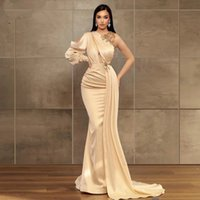 Robes De Soiree Champagne One Shoulder Evening Dresses 2021 Arabic Applique Beads Plus Size Formal Prom Pageant Gowns