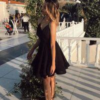 작은 검은 짧은 동성애 드레스 홀터 넥 레이스 위로 다시 롬 가운 섹시한 라인 클럽 착용 칵테일 드레스 M78