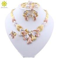 Boucles d'oreilles Collier Fashion Perles African Bijoux Ensemble Gold Couleur Nigeria Mariage Bridal Neckalce pour Femme Classic Crystal Accessoires