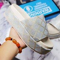 2021 Classic Women Platform Slippers Sandal Diapositivas Bordado Algodón Partido de verano Zapatillas de playa 5cm zapatos de diseño de plataforma con caja
