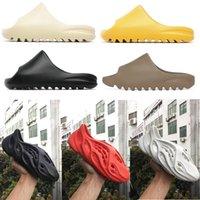 2021 트리플 블랙 폼 러너 샌들 슬라이드 슬리퍼 여성 망 수지 사막 Arth Brown Sand Tainers Bone Beach Sandals Slip-on Shoes