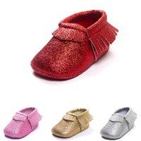 Red Twinkling Baby Girl Scarpe Bling Neonato First Walkers X'mas Children Mocasin Tassel Pelle Shiny Christmas Boy Bringe Sock 210413
