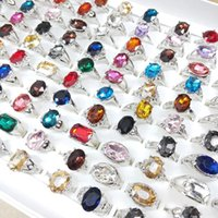Wholesale 30pcs lot Fashion Colorful Imitation Gemstone Geometric Silver Plated Rings Jewelry For Women Mix Style Party Gifts