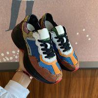 Erkek ve kadınların rahat ayakkabıları, baskılı retro kişilik dikiş, 3 renkte dantel kalın tabanlar, boyutları 36-44