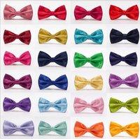 Hommes Bow Cravate Cold-Bowknot Bowknot Formel Craviche Mélangée Couleur Solid Papillon Fête De Mariage Fashion Business Bows Cadre WMQ936