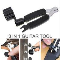 3 en 1 Accesorios de guitarra multifunción de guitarra Picker Strings Winder String Pin Puller cortador de herramientas