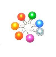 멀티 컬러 LED 개 애완 동물 펜던트 화려한 빛 깜박이 깜박이 펜던트 애완 동물 용품 광선 안전 태그 OWB8817