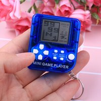 Keychains 1pc Ultra-small Mini Tetris Children Handheld Game Console Portable LCD Players Toy Educational Electronic Toys Classic