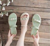 Estilo de hadas, sandalia deslizante fuera de las sandalias de tacón bajo en forma de corazón en verano 2021, estudiante