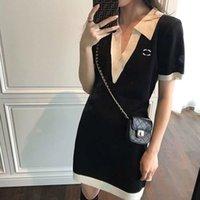 女性のドレス、高版のポロカラー黒と白の呪文の色の古典的なドレスレター刺繍の気質ショー薄いスリムスカート