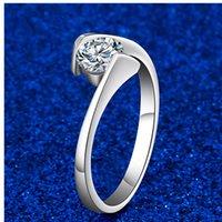 925 Zilveren Twist Setting Trouwringen 0.5CT NSCD Gesimuleerde Diamant Solitaire Ronde Ring Dames Engagement Sieraden 18K White Gold Plated