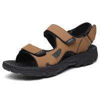 Commercio all'ingrosso 2021 Arrivo Nessuna marca Fashion Pantofole Uomo Sandali da spiaggia all'aperto Piattaforma Falt indoor antiscivolo flip flop Dimensione 36-44 17WK-1992