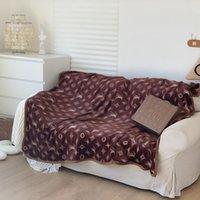 إلكتروني فاخر نمط المصممين المنزل بطانية شال الماركات السرير أريكة قيلولة سميكة السفر متعددة الوظائف هدية الشتاء البطانيات