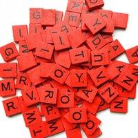 100 шт. / Установите красочные Английские слова Деревянные буквы алфавит плитки Черный скрэбл письма числа для ремесел древесины 516 S2