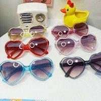Мягкие дети Солнцезащитные очки Девочка Очки Полярзированные анти Ультрадинг-оттенки для детского младенца Сладкий сердечный сердечный рама Открытый вид Eyeglass аксессуары