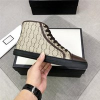 40٪ خصم إيطاليا الأزياء Ace مصمم فاخر مصمم أحذية كلاسيكية للنساء أو رجل شخصية العلامة التجارية عارضة الأحذية حذاء رياضة التنفس مع المربع الأصلي