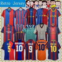 Barca Retro Soccer Jersey Ronaldo Stoichkov Ronaldinho 82-84 90-98 05-11 100th Rivaldo Guardol Aniesta Messi Xani Old Calsical Shirt 축구 유니폼 FCB