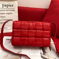 2021 Crossbody Camera Bag Weit Schultergurtbuchstabe Kleine Quadrat Taschen Leder Damen Handtasche Doppel Reißverschluss Schultern Handtaschen