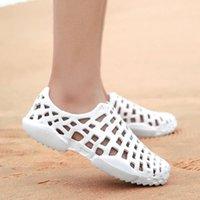 U6SH отверстия Flip Мужские Kakaforsa Sandals Hollow Дышащиеся мужские Шлепанцы Летние Croc Обувь Мода Наружные Пляжные тапочки Случайные M6HS Arzq Arzq
