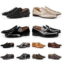 Luxurys Designers Festa Cerimônia de Casamento Business Shoe Plataforma Rebite Casual Red Bottom Mens Dress Sapatos Cor Triplo Branco Preto Leopardo Treinadores Tamanho 39-47