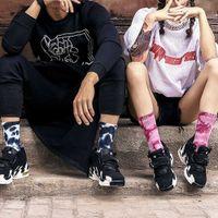 Abbigliamento da uomo e da donna Tie-tintura Novità Aprigrass Unisex Brand Brand Designer Colorato Designer da uomo Skateboard Cotton Harajuku Hiphop Socks Sox etnico Coupxhggff6