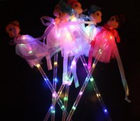 Светлые палочки палочки Светодиодные Светящиеся Принцесса Кукла Волшебные палочки с Платья Игрушка для детей Притворяться PLAY PROP Батареи включены
