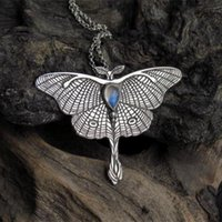 Pendant Necklaces Moth Necklace Butterfly Gothic Crystal Chain For Women Female Fashion Charm Jewelry Gifts Party