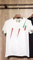 2021 Mens T Shirt Designer Lettera classica Stampato Stilista Casual Estate Traspirante Abbigliamento Abbigliamento Uomo Donne Top Quality Vestiti Coppie in abbotto