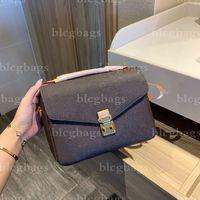 Lesigneurs de luxe designeurs de l'épaule sacs bandoulière sac de haute qualité shopping portefeuille célèbre sac à main sac à dos
