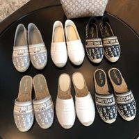 Klassiker Müßiggänger Espadrilles Luxurys Designer Schuhe Sneakers Leinwand und echtes Lammfell Zwei Ton Cap Toe Mode Frauen Schuh Home011 02