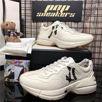 Top Quality Uomo Donna Lussurys Designer Shoes Shoes Ape Pairs Casual Sneaker in vera pelle Ricamo Classico Scarpe da ginnastica Python ricamato Amante Sneakers con scatola