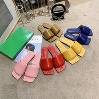 Классические женские моды дизайнеры плоские скольжения шлепанцы тапочки тиснение овчины кожаные дамы сандалии Silde с коробкой размером 35-42