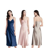 Senhoras Verão Seda Sexy Suspender Nightdress Feminino V-Neck Color Sólido Casa Wear Pijama Mulheres Sleepwear
