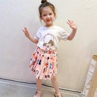 2021 Girls Designer Princess Dress Summer Cartoon manica corta Abiti plissettati Bambina cucitura girocollo Collo girato Casual Party Vestiti S1006
