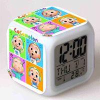 Tiktok cocomellon 만화 알람 시계 7 색 LED 조명 밤에 어린이 큐브 시계를위한 밤 빛나는 디지털 시계를 변화시키는 주요 큐브 시계 일주일 온도 G55WS1L