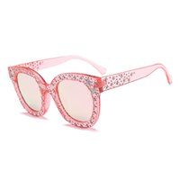 Retro Mode Lunettes de soleil Round Round Femmes Luxe Vintage Vintage Verres de soleil Mens Gafas de Sol Eyewear Oculos Goggles S5700DF