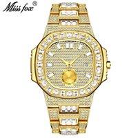 Orologi da polso esplosivi moda punk hip-hop style full diamond watch orologio da uomo oro impermeabile calendario uomini donne natale San Valentino