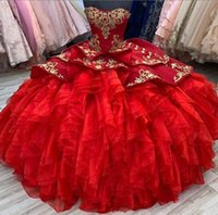 2021 Red Prom Quinceanera Dresses sweetheart Ball Gowns Strapless Corset Back with gold ace Applique Tiered Skirt Tulle Sweet 15 custom made