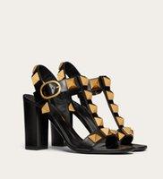 Лучшие дизайнерские римские сандалии для сандалии Летние сексуальные Maxi Rock Scounts Calfskin кожаная леди высокие каблуки свадьба свадьба свадьба свадьбы, коробка, коробка