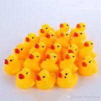طفل حمام بطة لعبة مصغرة الأصفر المطاط الأصوات البط الاطفال حمام بطة صغيرة لعبة الأطفال السباحة المتعلم اللعب DHT67