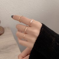Cluster Rings 5Pcs set Fashion Imitation Pearl For Women Gold Color Round Wave Geometric Set Wedding Party Charm Jewelry